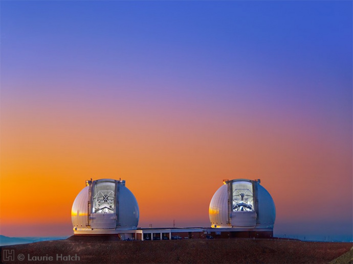 The twin 10-meter telescopes of Keck Observatory. © Laurie Hatch Photography (www.lauriehatch.com) Image courtesy UHifa.