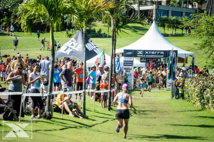 More than 1,000 runners from around the world participated in the event, which featured two separate courses — the Duke's Beach House XTERRA 10K and the Hula Grill XTERRA 5K. Photo courtesy of XTERRA photos.