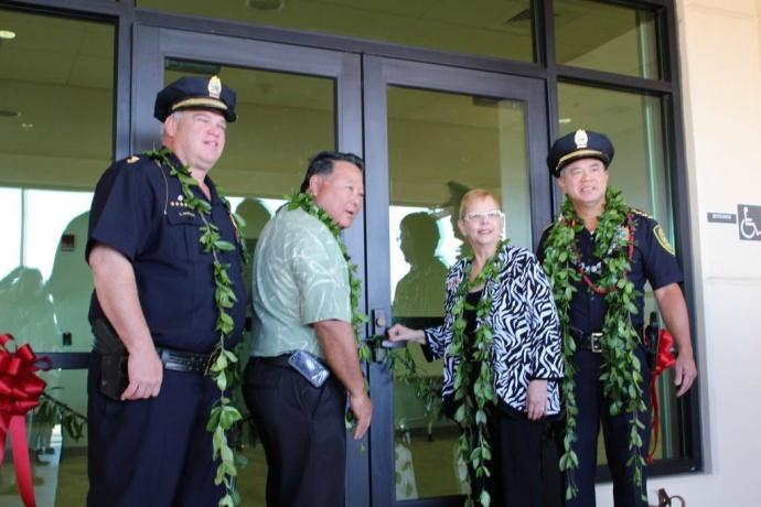 Mayor Arakawa opens the new Kihei Police Station. File  photo by Wendy Osher.