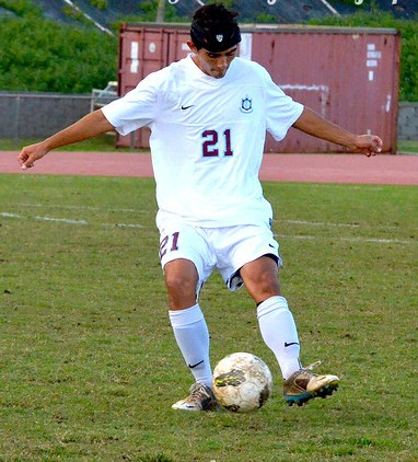 Baldwin's Matt Foronda is a senior and one of three captains on the team. File photo by Rodney S. Yap.