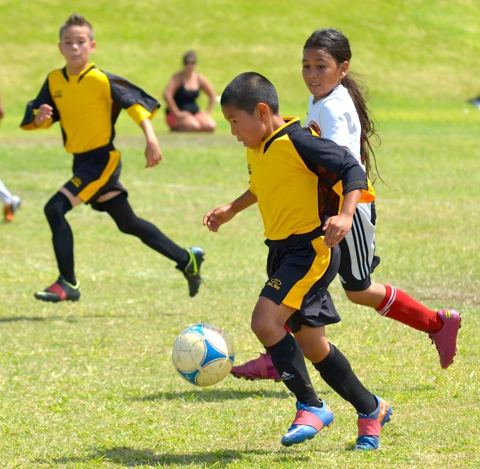 Hawaii Youth Soccer Association is offering E-Course here on Maui, April 4-6, at Maui Waena Intermediate School. File photo by Rodney S. Yap.