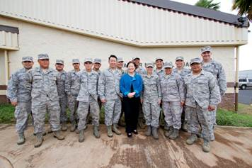 Hirono with service members. Courtesy photo.