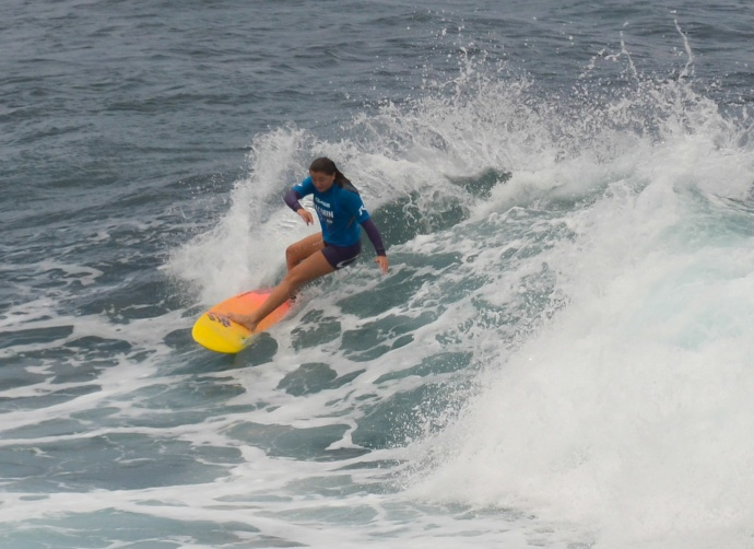 More action in the girls shortboard division from Saturday. Photo by Rodney S. Yap.