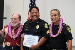 Governor Neil Abercrombie (left), Officer Dale Corpuz (middle), and Maui Police Chief Gary Yabuta (right). Photo by Wendy Osher.