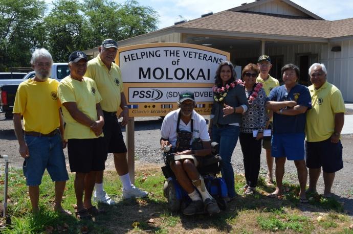 Rep. Gabbard visits the Veterans Center for Molokaʻi. File photo May 2014.