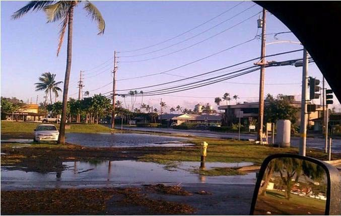 Flooding in Kahului resulting from the 2011 Japan tsunami. Photo courtesy oceanjournal-sylvablogspot.com.