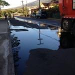 Oil leak near ʻĪao School. Photo Courtesy of Steven Thyne.