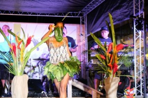 Maui Thing, 2013 5th Anniversary fashion show. Photo by Wendy Osher.