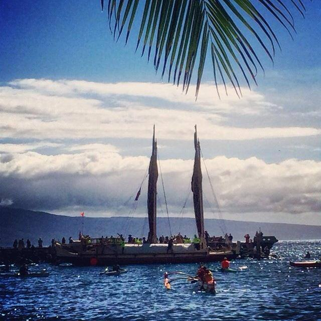 The Mo'okiha o Pi'ilani voyaging canoe on launch day, July 11 2014. Photo courtesy Hui O Wa'a Kaulua.