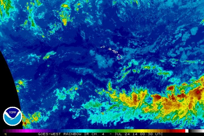 Satellite imagery, Central Pacific, 2:30 p.m. HST 7/23/14. Image courtesy NOAA/NWS.