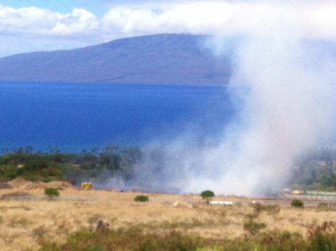 Lahaina brush fire. Photo by G. Bergson.
