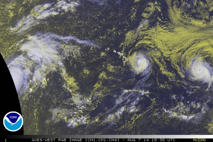 Satellite imagery of Iselle at 9:30 a.m. HST, Thursday, Aug. 7, 2014. Image courtesy CPHC/NOAA/NWS.