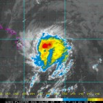 Mid-day imagery as Iselle begins impacting Hawaiʻi Island. Image courtesy CPHC/NOAA/NWS.