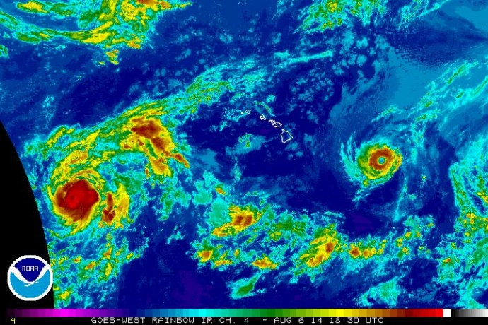 Satellite imagery of Iselle at 8:30 a.m. HST, Wednesday, Aug. 6, 2014. Image courtesy CPHC/NOAA/NWS.
