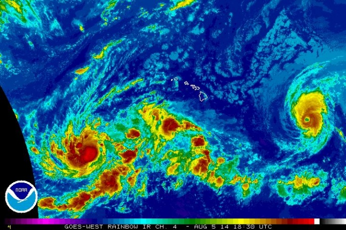 Satellite imagery of Iselle at 8:30 a.m. HST, Tuesday, Aug. 5, 2014. Image courtesy CPHC/NOAA/NWS.