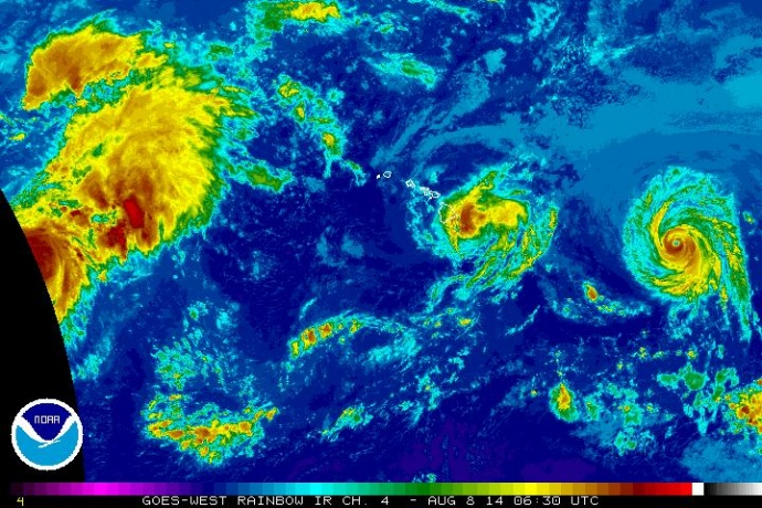 Satellite imagery of Iselle at 6:30 p.m. HST, Thursday, Aug. 7, 2014. Image courtesy CPHC/NOAA/NWS.