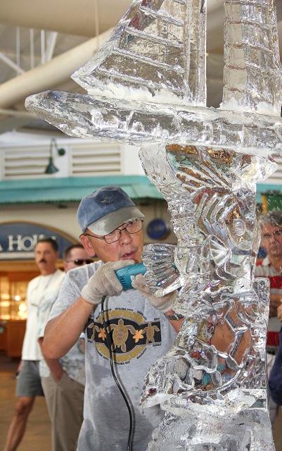 Ice Sculpture / photo courtesy Lahaina Cannery Mall.