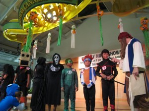 Halloween festivities / photo courtesy Lahaina Cannery Mall.