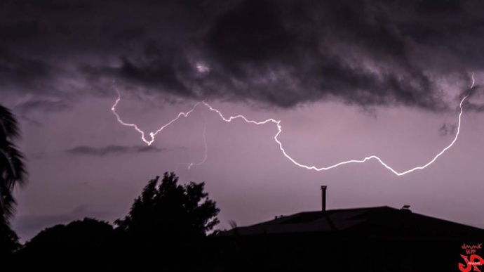 Hurricane Ana Lightning in Makawao / Image: Jimmie Hepp