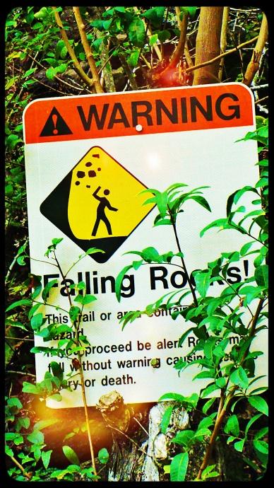 Rockfall warning sign at ʻĪao on Maui.