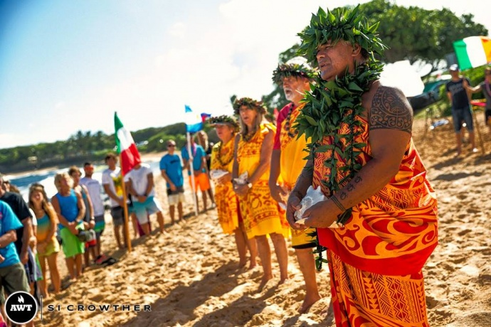 A blessing was held to kick off the event on Wednesday morning at Hoʻokipa Beach Park on Maui. Image courtesy Si Crowther/AWT.