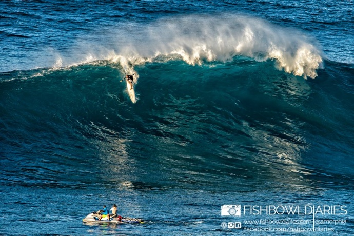 Daniel Bruch surfing Pe'ahi Jaws 11/11/14 - Image: Fish Bowl Diaries