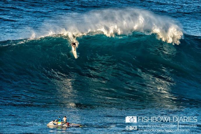 Daniel Bruch surfing Pe'ahi Jaws 11/11/14 - Image: Fish Bowl Diaries