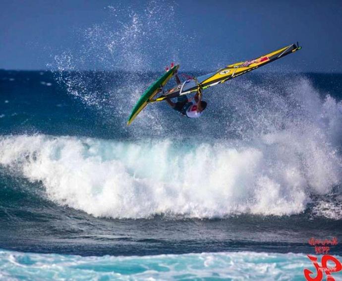 Kai Lenny wind-surfing at Ho'okipa / Image: Jimmie Hepp