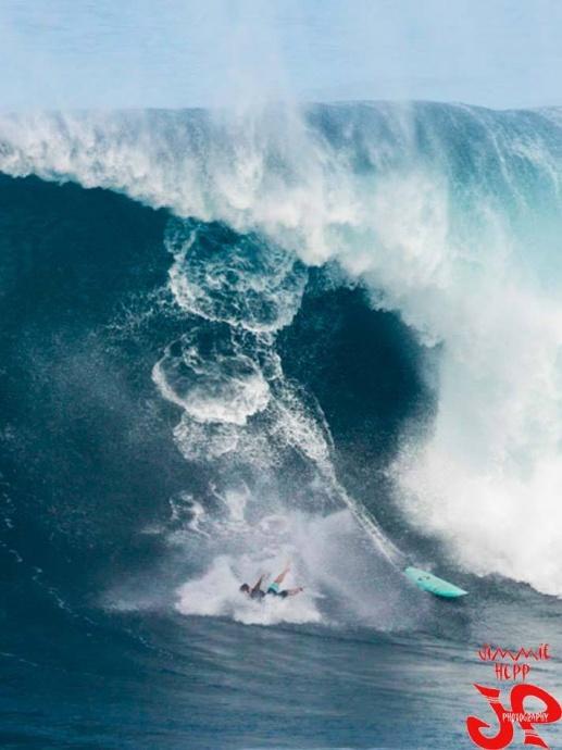 Pe'ahi (Jaws) 11/11/14 - Image: Jimmie Hepp