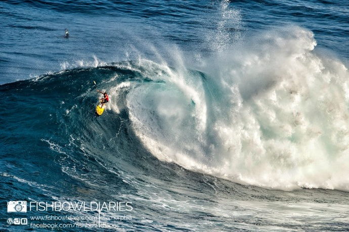 Kai Lenny surfing Pe'ahi (Jaws) 11/12/14 - Image: Fish Bowl Diaries
