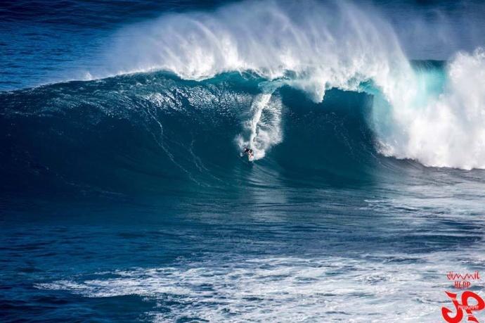 jimmie hepp jaws peahi surf