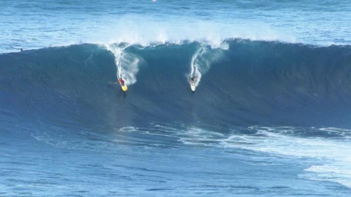 Pe'ahi (Jaws) 11/11/14 - Image: Asa Ellison