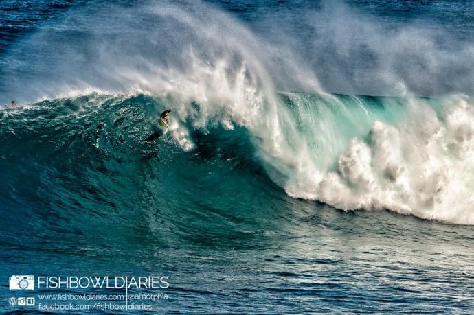 Yuri Soledade surfing Pe'ahi (Jaws) 11/12/14 - Image: Fish Bowl Diaries