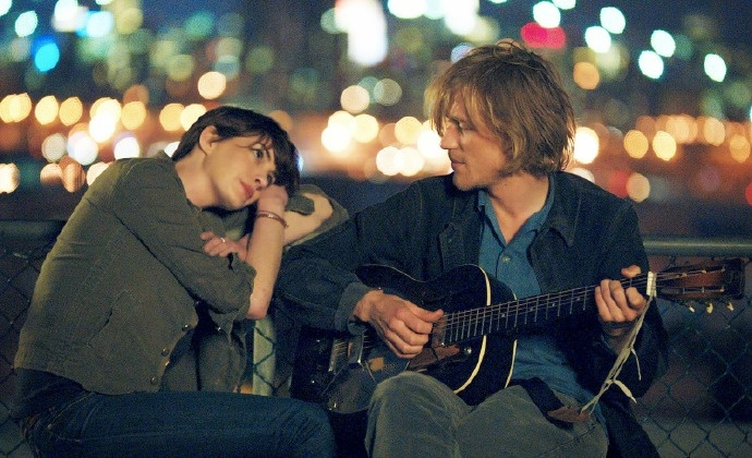 Anne Hathaway and Johnny Flynn falling in love in SONG ONE. Courtesy photo.