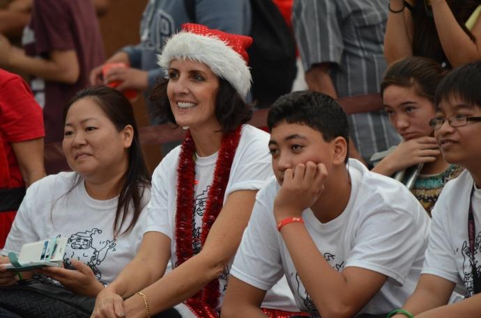 Signing Santa Celebration 2014 - Queen Kaʻahumanu Center. Courtesy photo.