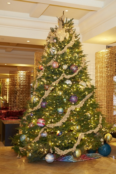 The Missoni tree reflects the rich history and vibrant culture of Missoni, a company that has been family-run for over sixty years and which has come to epitomize the best of Italian luxury. Courtesy Four Seasons Resort.