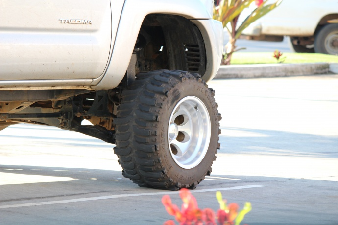 Ask the Mayor: Do Police Enforce Illegal Tints, Oversized Tires?