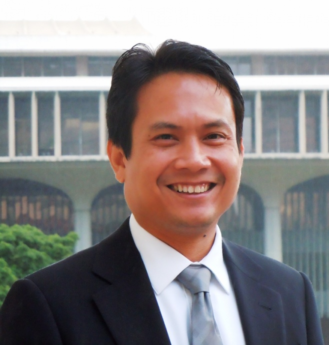 Luis P. Salaveria has been named director of the Department of Business, Economic Development and Tourism. Photo courtesy Ige administration.