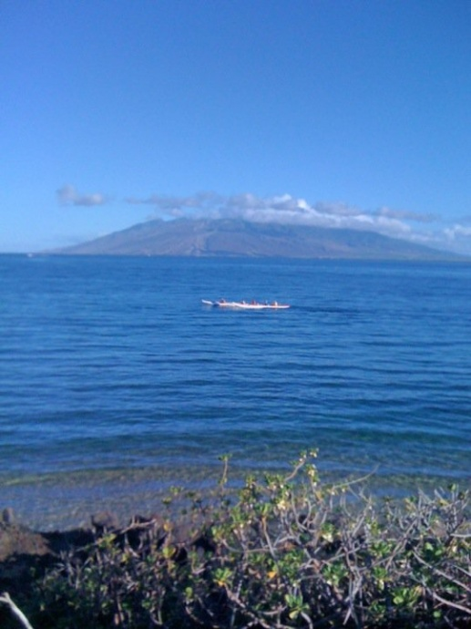 Lānaʻi from Wailea. Photo by Victoria Hoag.