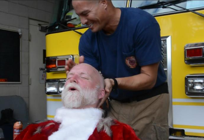 FF III Kapena Segundo preps Santa's head for the razor.