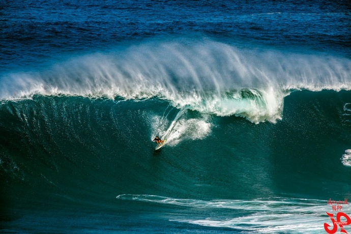 Francisco Porcella surfing Peahi (Jaws) 12/10/14 - Image: Jimmie Hepp