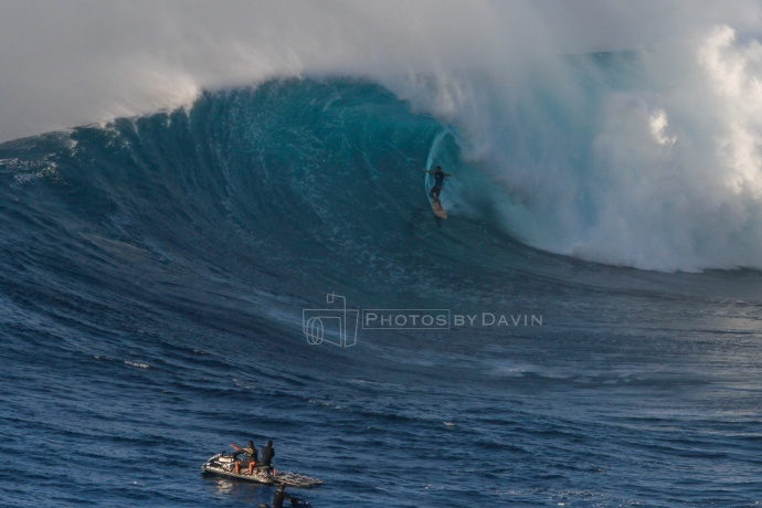 "Albee Layer - Pe'ahi ""Jaws"" 1.21.15 / Image: Davin Phelps"