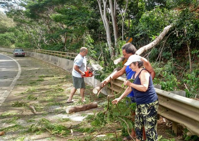 Valentine's Day storm damage Maui, 2/14/15. Photo credit: John Korpi.
