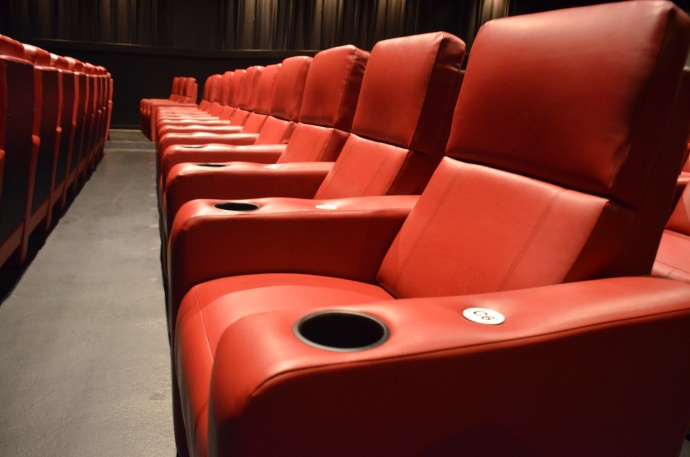 "Consolidated Theatres to Offer Auditorium Buyouts for ""Wonder Woman 1984"" Private Screenings"
