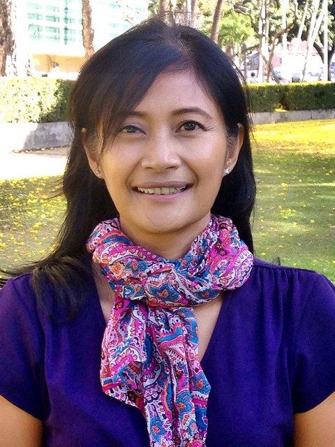 Helena Manzano. Photo courtesy Office of the Governor State of Hawaiʻi.