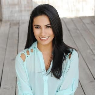 Yasmin Dar. Photo courtesy Office of the Governor State of Hawaiʻi.