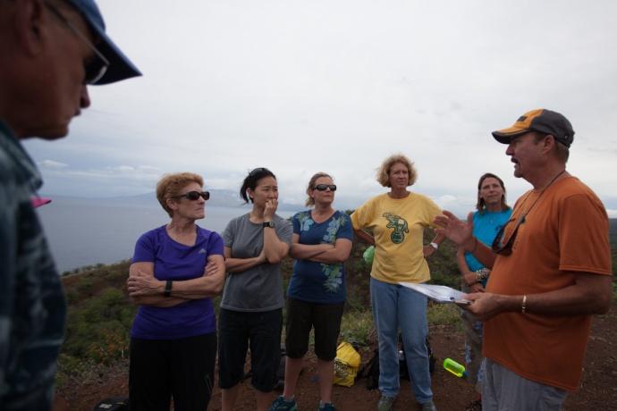 Greg Kaufman speaks to Great Whale Count volunteers. Photo credit: Selket Guzman.