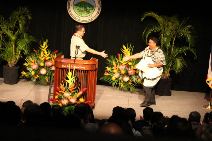 Keith Regan, Managing Director, County of Maui and UHMC Chancellor Lui Hokoana. Photo by Wendy Osher.