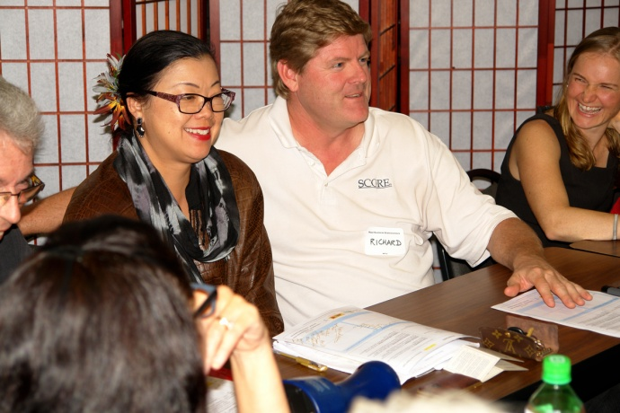 """SCORE Maui Counselor Richard Kehoe participated in group brainstorming during the featured """"Business in the Think Tank"""" session on March 10, 2015."""