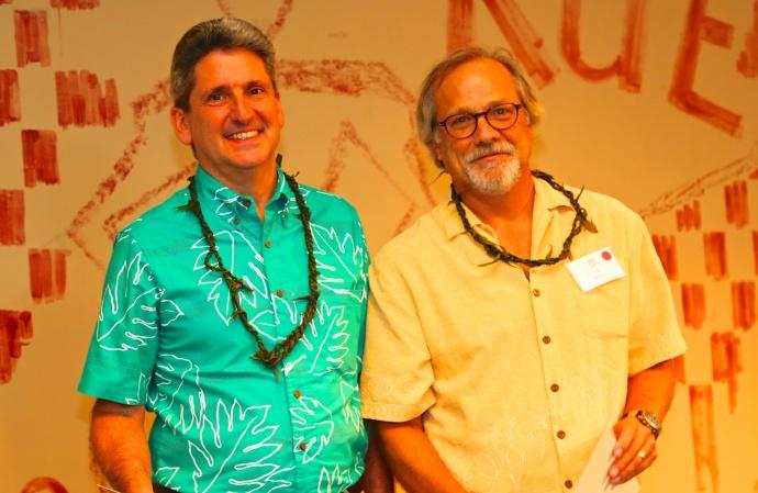 UH President David Lassner with Sustainable Science Management Program Director Tim Botkin.  Photo credit: Ryan Kramer